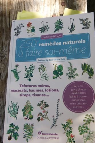 250 remèdes Couverture